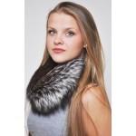 Gli accessori in vera pelliccia sono tornati fortemente di moda