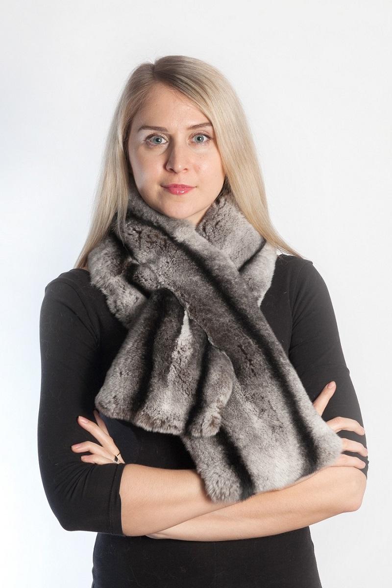 selezione premium b9cdb 5064d La sciarpa di pelliccia naturale crea un fascino particolare