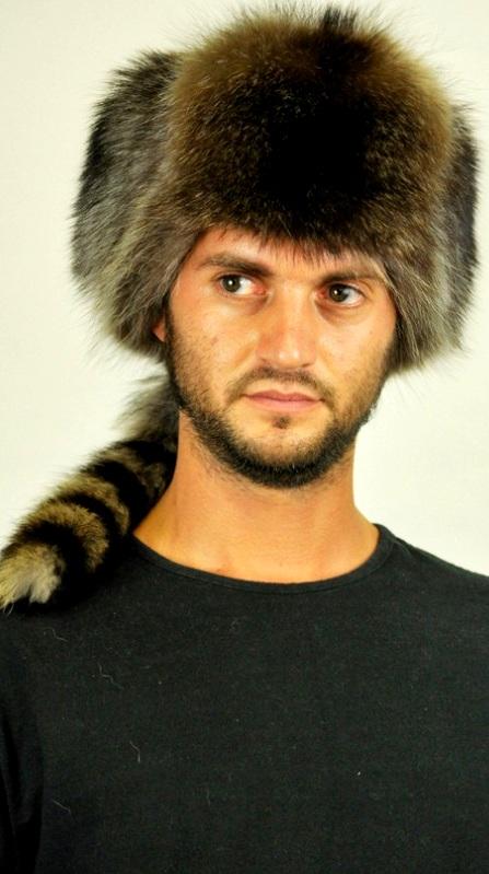 Per molte donne l accessorio in pelliccia e  qualcosa di unico e  insostituibile con altri semplici accessori invernali. 65bf58399acf