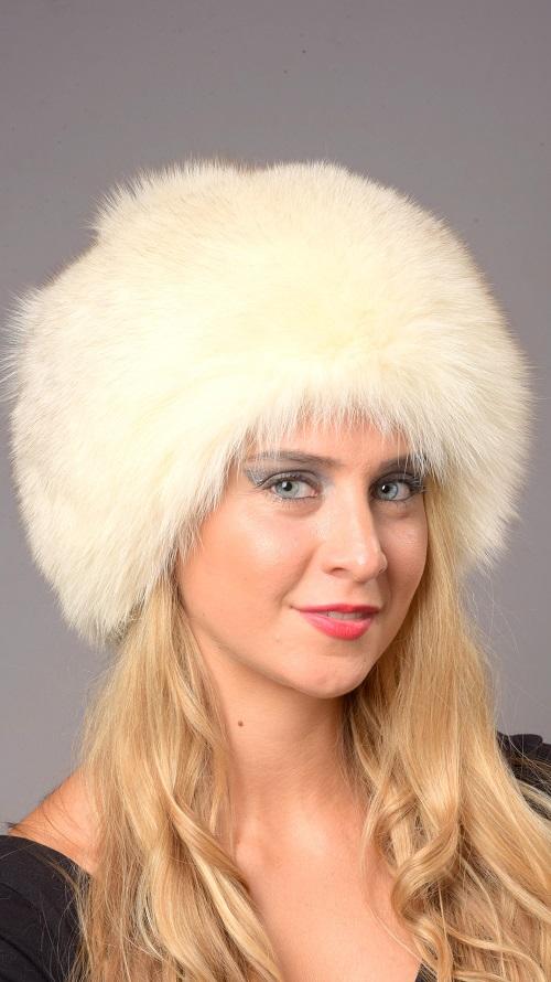 Il cappello in pelliccia di volpe 7c5b1f545de5