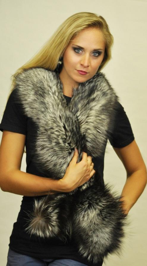 Accessori in pelliccia in volpe argentata per un caldo inverno dbf410aa45d3